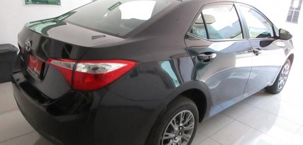 Toyota Corolla Asientos 9