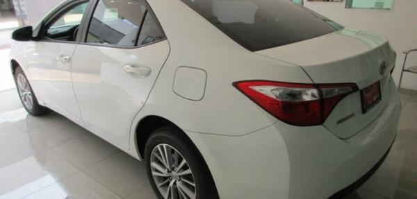 Toyota Corolla Lateral derecho 10
