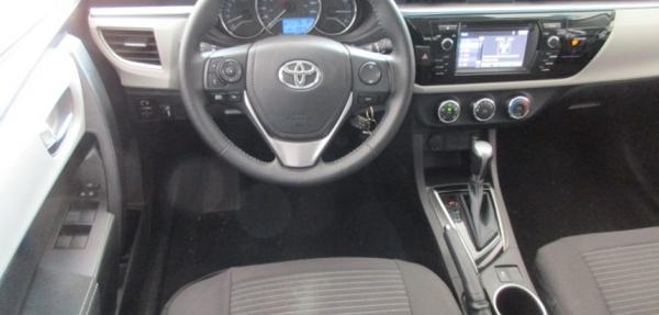 Toyota Corolla Arriba 6