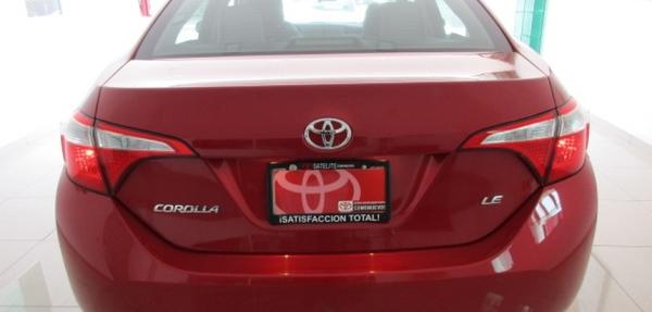 Toyota Corolla Frente 10