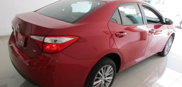 Toyota Corolla Frente 9