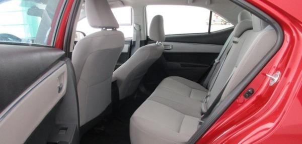 Toyota Corolla Lateral derecho 6