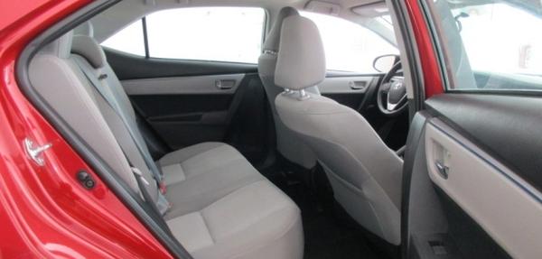 Toyota Corolla Lateral izquierdo 4
