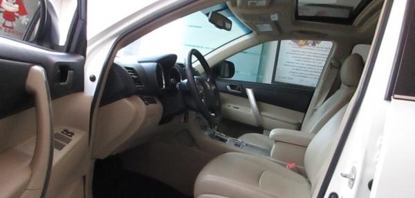 Toyota Highlander Asientos 10