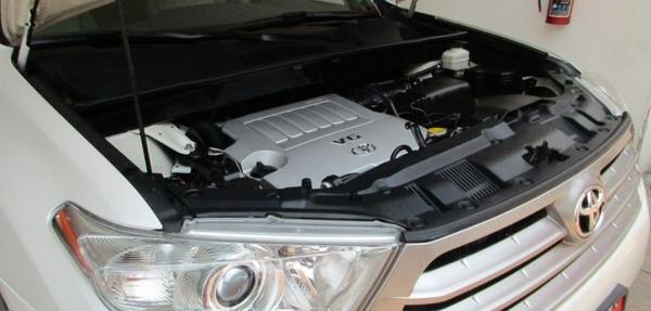 Toyota Highlander Lateral izquierdo 1