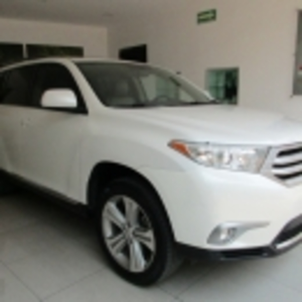 Toyota Highlander Premium 2013