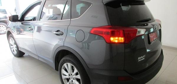 Toyota RAV4 Llantas 9